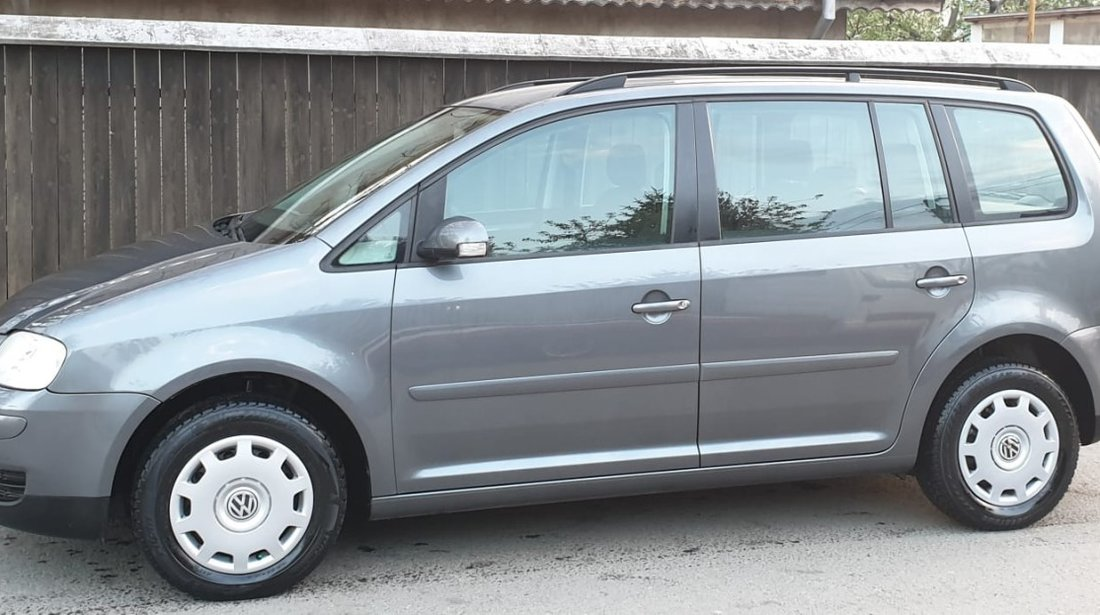 VW Touran 1.6 benzina 2004