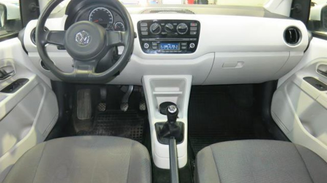 VW up! Move 1.0 MPI 75 CP M5 2013