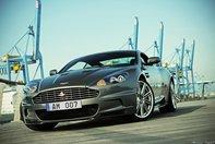 Wallpapers: Aston Martin DBS