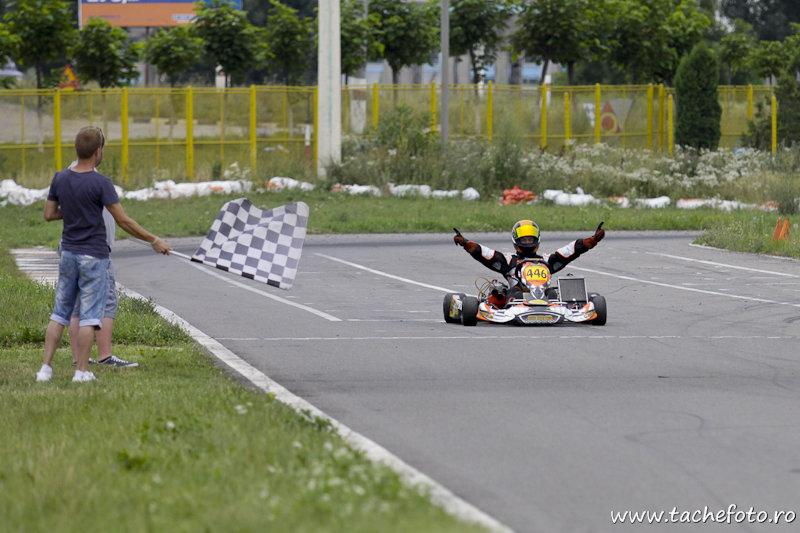 Week-end plin de viteza, la AMC Kart Tunari!