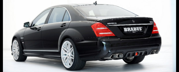 Welcome To The Next Level: Brabus stoarce peste 600 CP din noul AMG V8 Biturbo