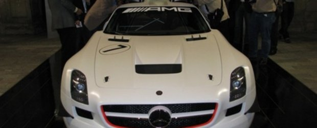 Wings Up: Mercedes SLS AMG GT3 este aici!
