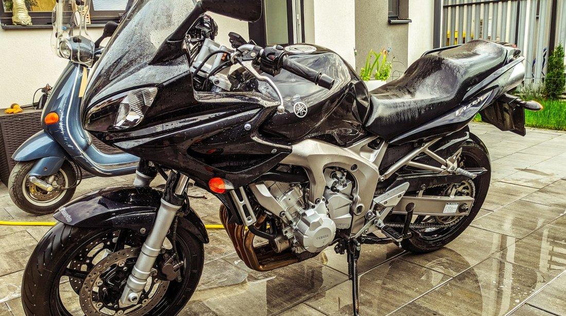 Yamaha FZ6-S Fazer