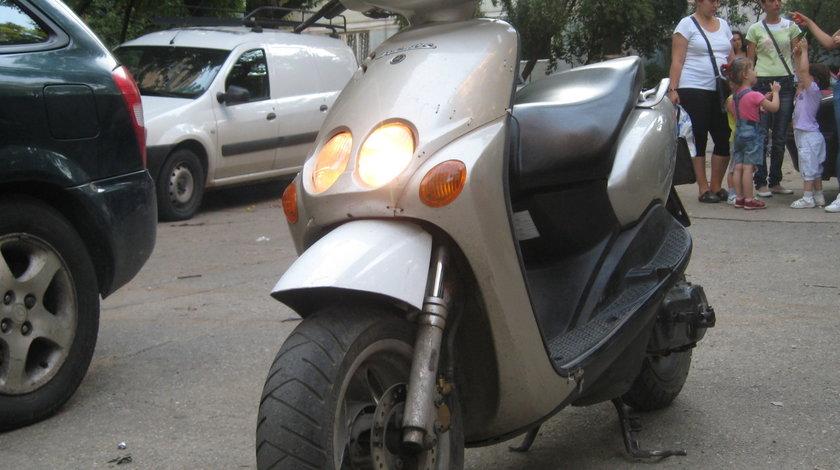 Yamaha neos 50 Dezmembrez