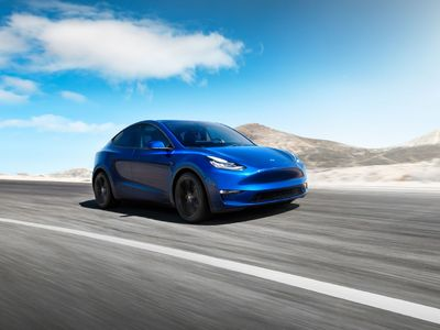 Tesla Model Y: noul SUV electric al...
