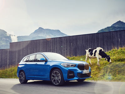 Noul BMW X1 xDrive25e – plug in...